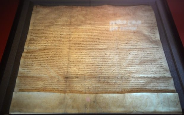 he Lincoln Magna Carta is on display in The British Library in London, Britain, 02 February 2015 (EPA Photo)