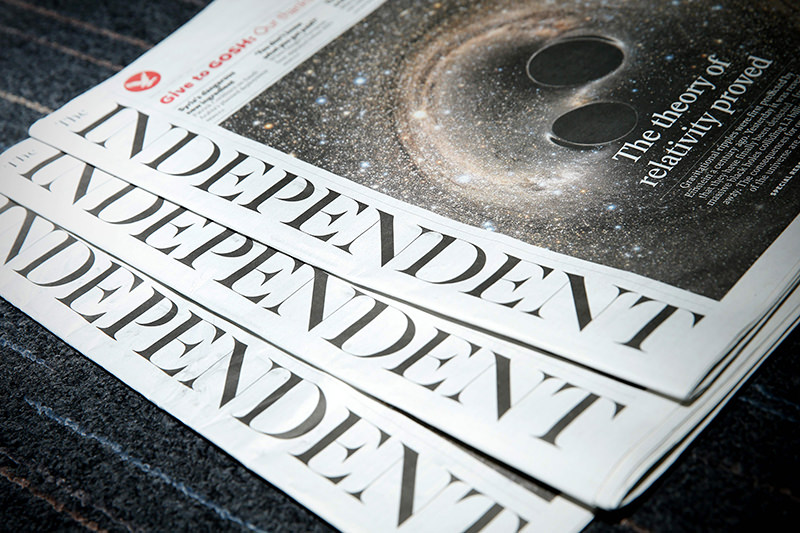 Copies of the British newspaper ,The Independent, are arranged for a photograph in London on February 12, 2016. (AFP Photo)