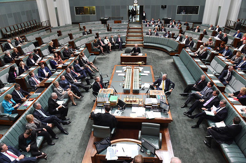 MPs attend the first Parliamentary sitting of 2016 at Parliament House in Canberra, Australia, 02 February 2016 (EPA Photo)