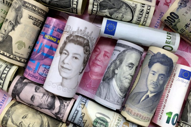 Euro, Hong Kong dollar, U.S. dollar, Japanese yen, British pound and Chinese 100 yuan banknotes in a Jan. 21, 2016 file photo. (Reuters Photo)