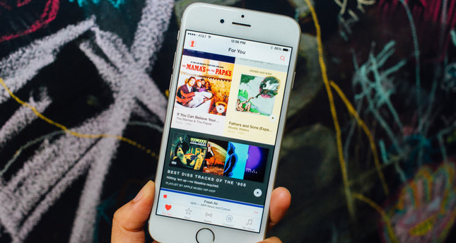 Apple Music enters the stage as Turkish streaming music market expands