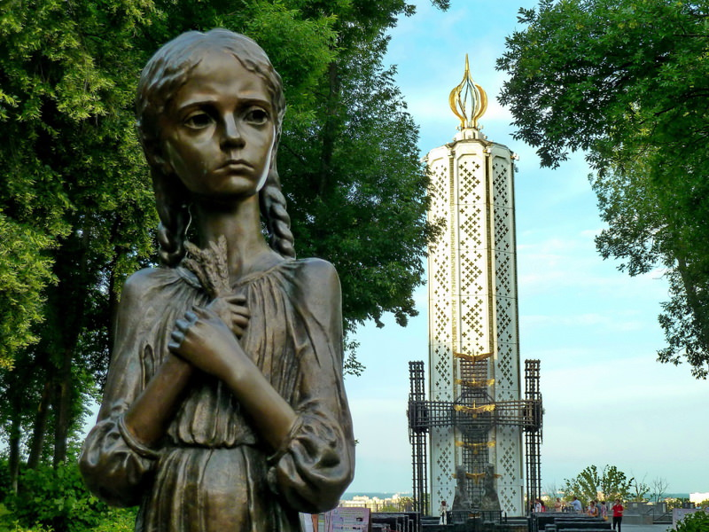 A memorial for the victims of the Holdomor in Kiev.