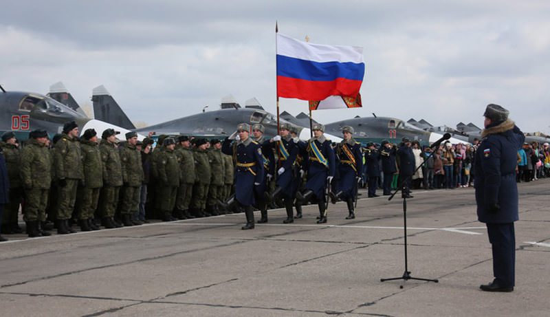 A welcome ceremony for the first group of Russian Su-34 bombers and military personnel returning from Syria upon their arrival at the airbase in Voronezh.(AFP PHoto)