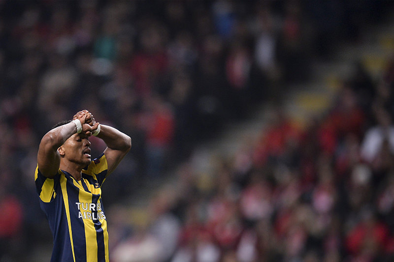 Fenerbahce's player Nani reacts during the UEFA Europa League second leg soccer match between Braga and Fenerbahce. (EPA Photo)
