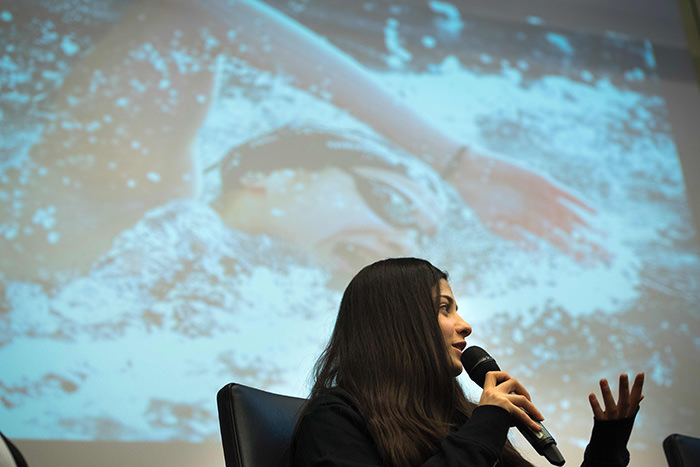Syrian swimmer Yusra Mardini holds a press conference in Berlin on March 18, 2016 (AFP Photo)