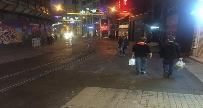 Dutch Consul General Robert Schuddeboom takes solidarity walk down Istiklal Street