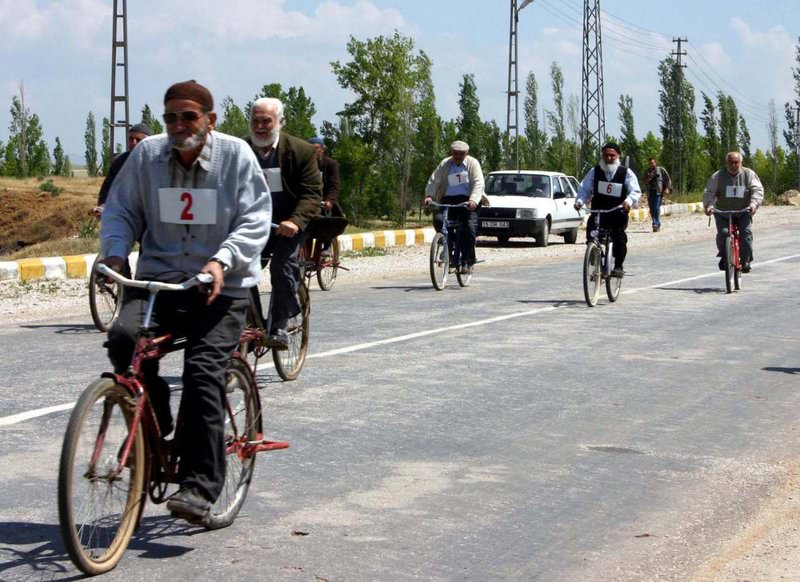 Senior citizens participate in a bicycle race in the western city of Afyon. Elderly people facing risk of terminal diseases are urged to change their nutrition habits and perform exercises regularly.