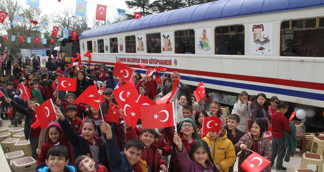 Decommissioned airplane, train serve as libraries for Turkish children