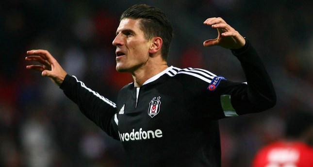 Beşiktaş head into week 27 looking to fend off rivals Fenerbahçe from claiming top spot