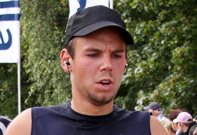 Andreas Lubitz taking part in the Airport Hamburg 10-mile run on September 13, 2009 in Hamburg (AFP)
