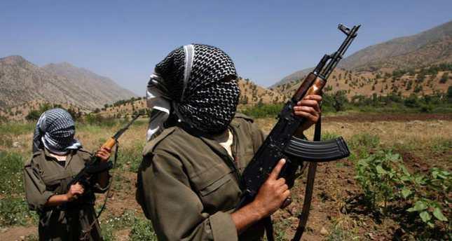 PKK terrorists with Russian AK-47 rifles (File photo)