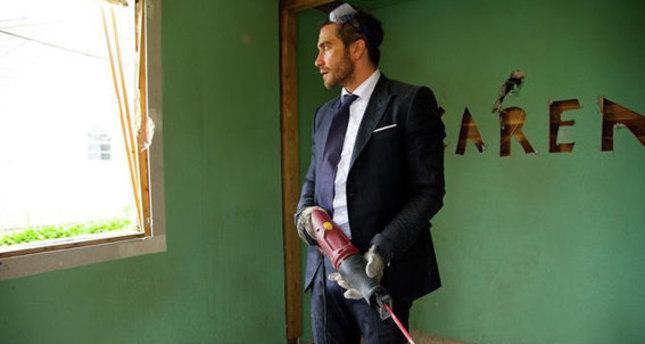 Grieve, smash, dance: Gyllenhaal's 'Demolition' has it all