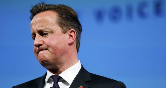 UK's Cameron admits he benefitted from father's offshore fund