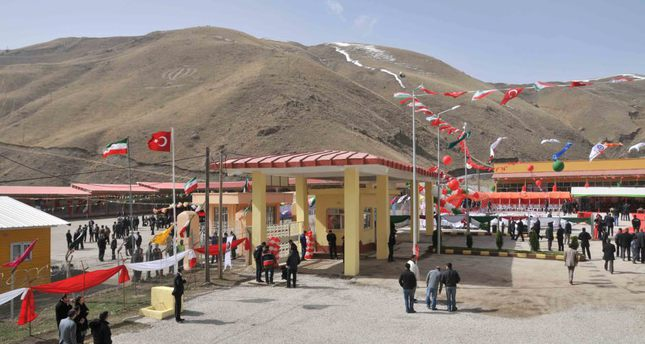 New border gate to improve commercial ties between Turkey, Iran