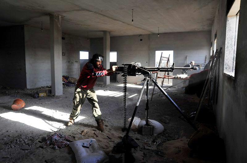 A Libyan local militia fights against DAESH in Sirte.
