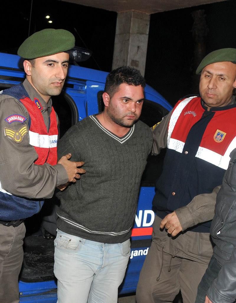 Suphi Altındöken following his capture. (IHA Photo)