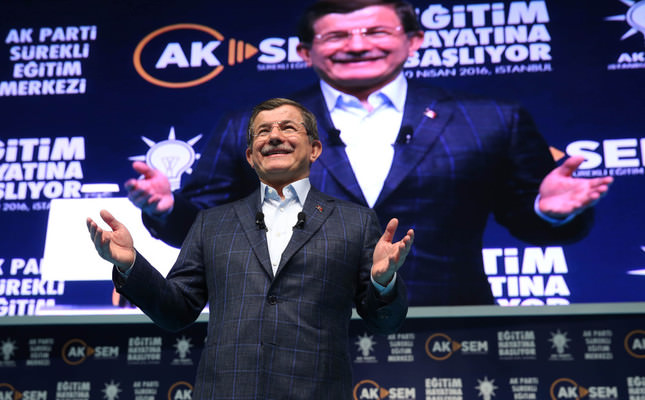 PM Davutoğlu addresses party cadre, affirms no place for personal interest within AK Party