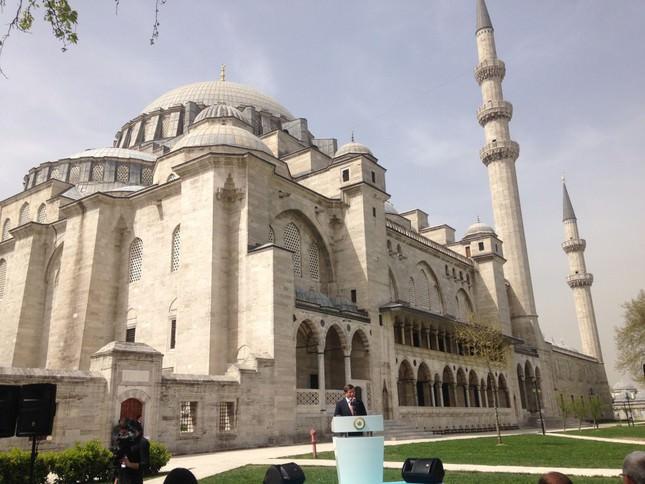 Istanbul's Süleymaniye Mosque, one of Mimar Sinan's masterpieces