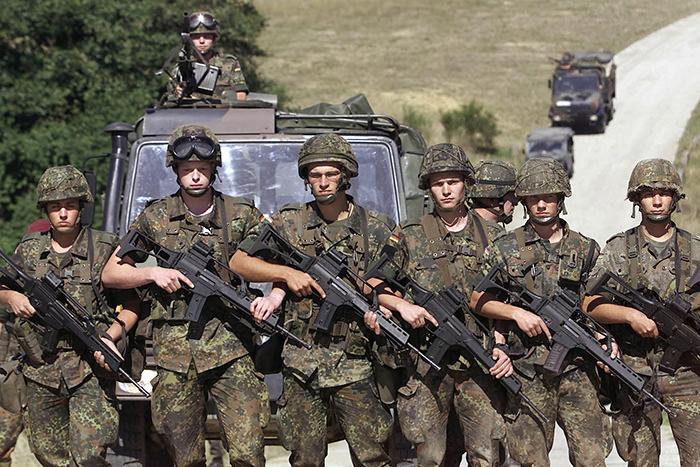 German army Bundeswehr paratroopers (Reuters Photo)