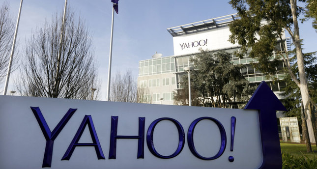 Daily Mail in early talks over bid for struggling giant Yahoo