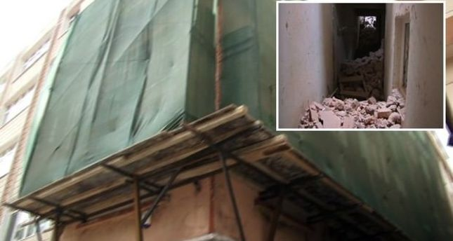 Wall of building under renovation collapses in Istanbul's Nişantaşı district, one worker injured