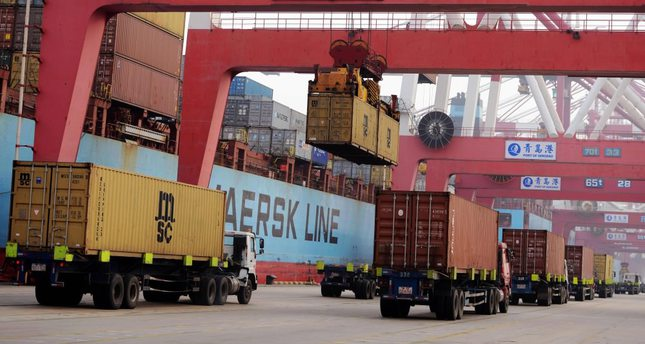 Chinese exports rise for first time in nine months