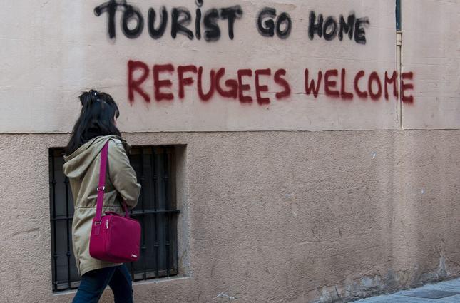 Risultati immagini per tourist go home spain