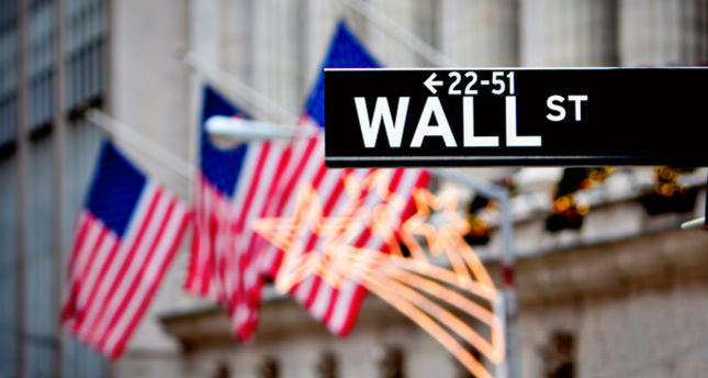 US stock market opens flat as investors parse earnings