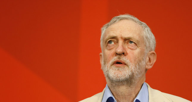 Jeremy Corbyn, leader of Britain's Labour Party looks up as he delivers a speech outlining Labour's position on the European referendum, in London, Thursday, April 14, 2016. (AP Photo)