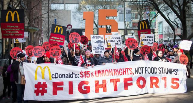 Thousands march for $15 hourly wages across US
