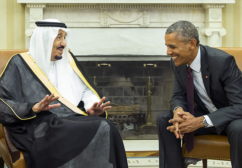 US President Barack Obama, right, meets with King Salman of Saudi Arabia in the Oval Office of the White House, on Friday, Sept. 4, 2015 (AP)