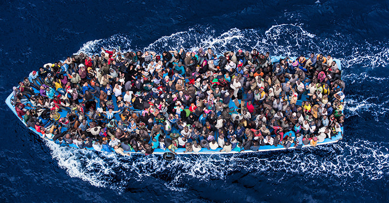A boat carrying migrants in the Mediterranean, February 12, 2015 (Reuters Photo)
