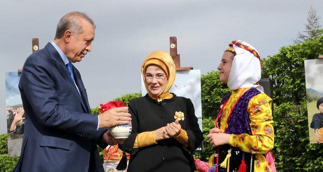 World's children come to Turkey for April 23 Children's Day celebrations