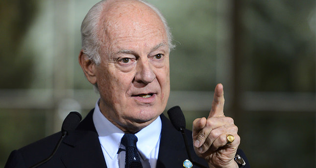 UN Syria envoy Staffan de Mistura addresses journalists after a meeting on Syria peace talks in Geneva on April 18, 2016. (AFP Photo)