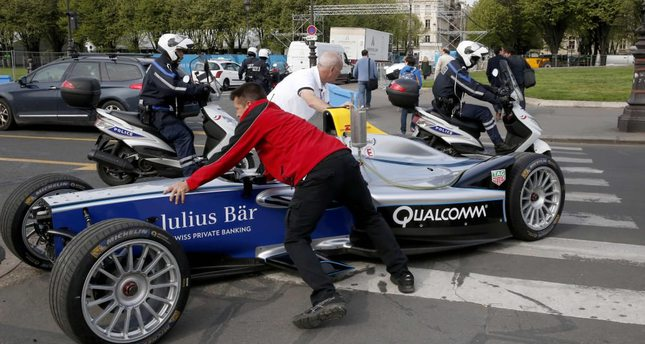 Formula E comes to Paris, irking conservationists