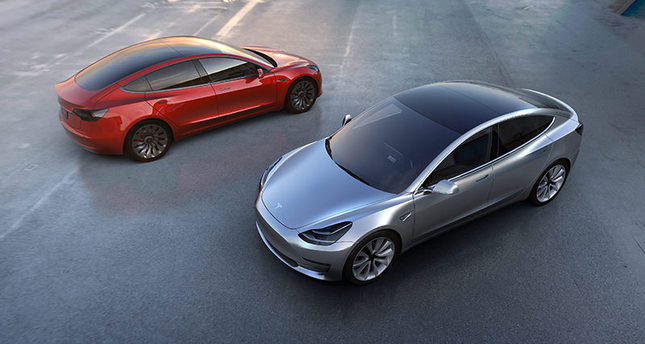 Tesla Model 3 electric car was unveiled in Hawthorne, California, USA, 31 March 2016. (EPA Photo)