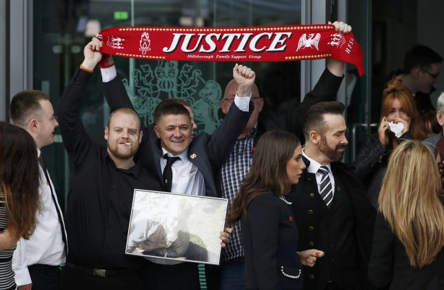 Relatives react after the jury delivered its verdict at the new inquests into the Hillsborough disaster, in Warrington, Britain April 26, 2016. (REUTERS Photo)