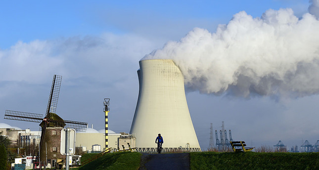 This file photo taken on January 12, 2016 shows the cooling towers of Belgium's Doel nuclear plant. (AFP Photo)