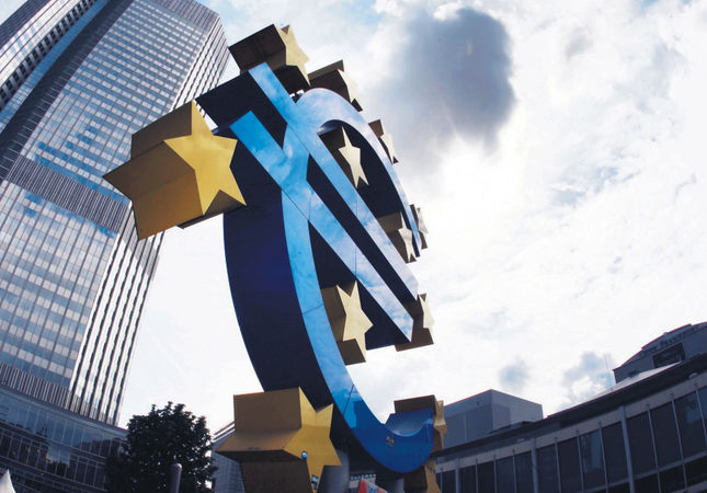 Eurozone economy speeds up, reaches size it was in 2008