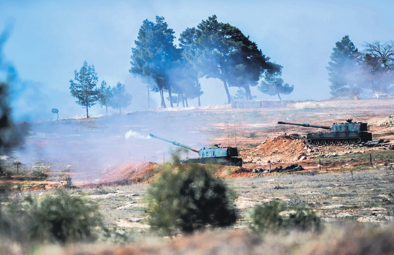 Turkish military shelling DAESH positions in Syria.