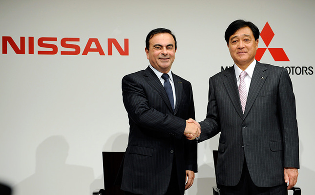 Nissan buys mitsubishi