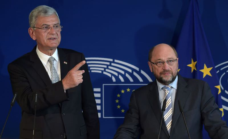 EU Affairs Minister Bozku0131r (L) and European Parliament President Schulz give a joint press conference after a meeting at the European Parliament in Strasbourg on Wednesday.. (AFP Photo)