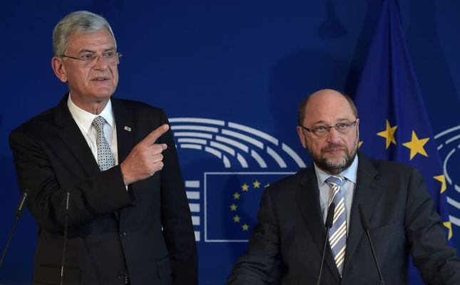 EU Affairs Minister Bozkır (L) and European Parliament President Schulz give a joint press conference after a meeting at the European Parliament in Strasbourg on Wednesday.. (AFP Photo)