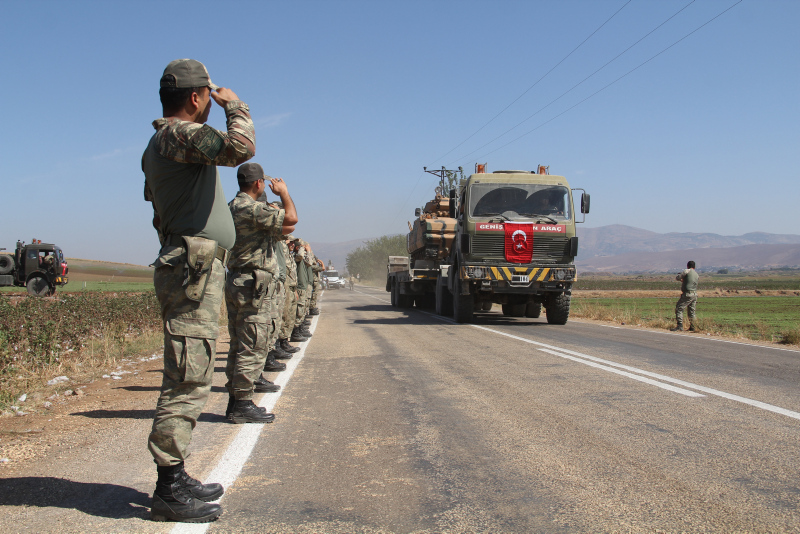 2-turkish-soldiers-killed-in-clashes-with-ypg-in-syria-1570806216517.jpg