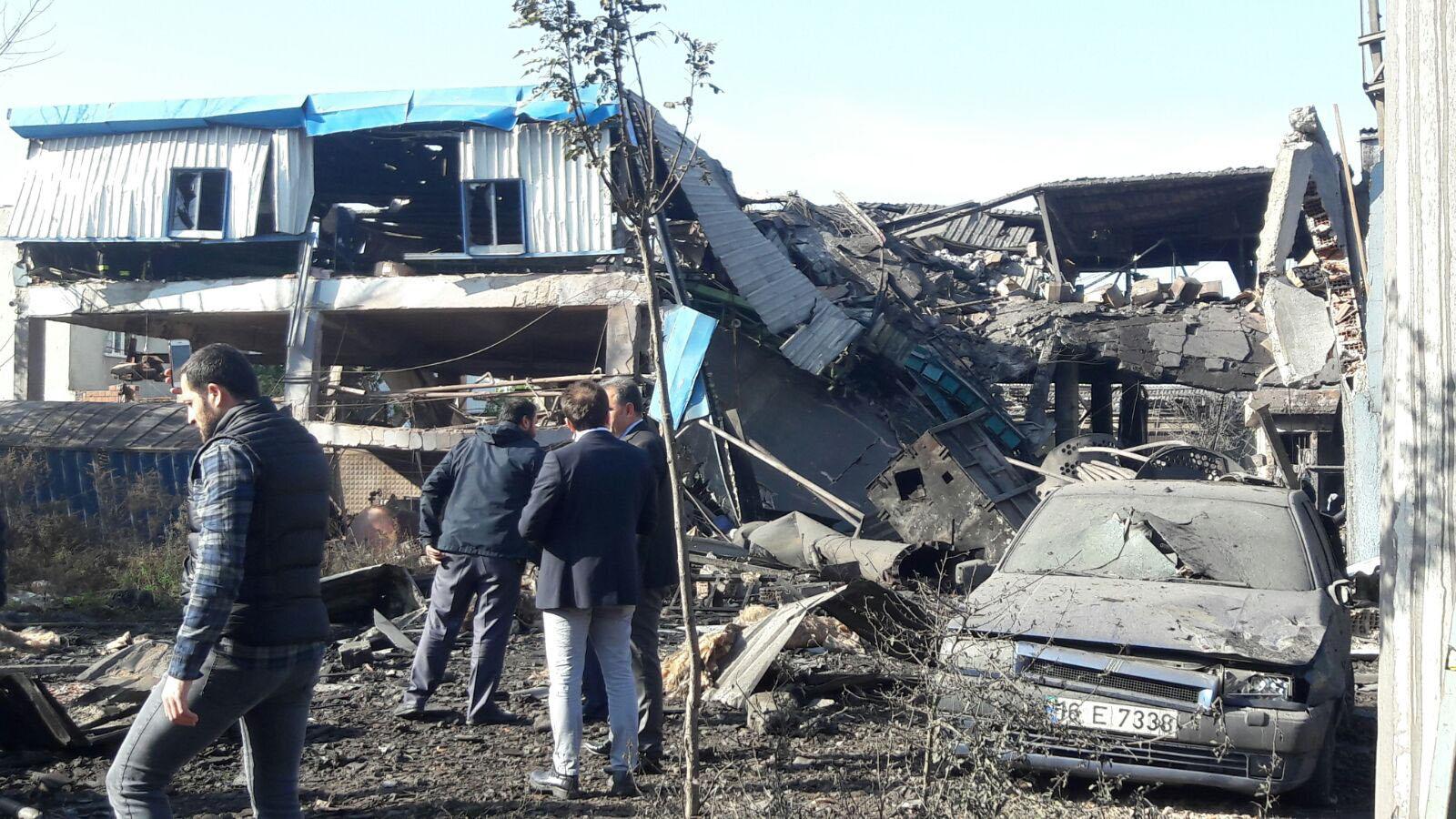 Steam boiler explosion causes partial collapse at Bursa dye factory