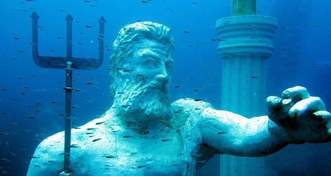تركيا تفتتح ثاني أكبر متحف تحت الماء في العالم في مدينة أضنا