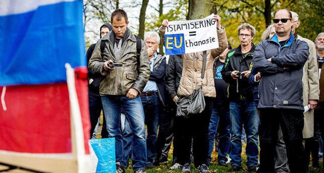 حركة بيجيديا الاوروبية تحظر على مؤيديها أكل الكباب والسفر لتركيا