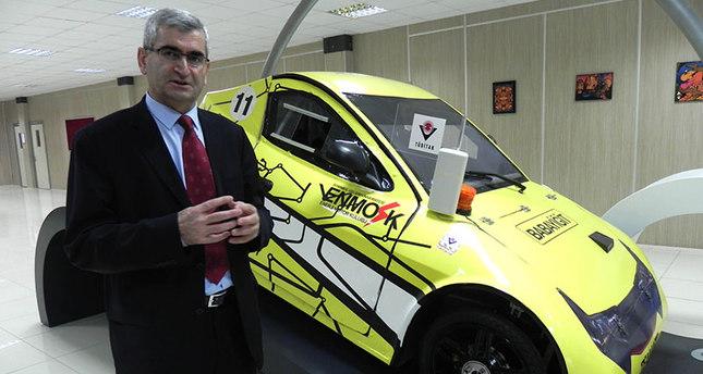 عميد كلية الهندسة في جامعة جيليشيم التركية، البروفيسور الهامي شولاك، يتحدث حول مشروع السيارة الالكترونية