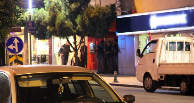 تركيا..مسلح مجهول يحتجز 6 رهائن داخل مصرف في قوجه إيلي غربي البلاد