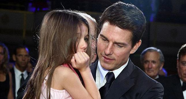 تقارير تكشف: نجم هوليوود توم كروز لم يلتقِ بابنته منذ أكثر من عامين